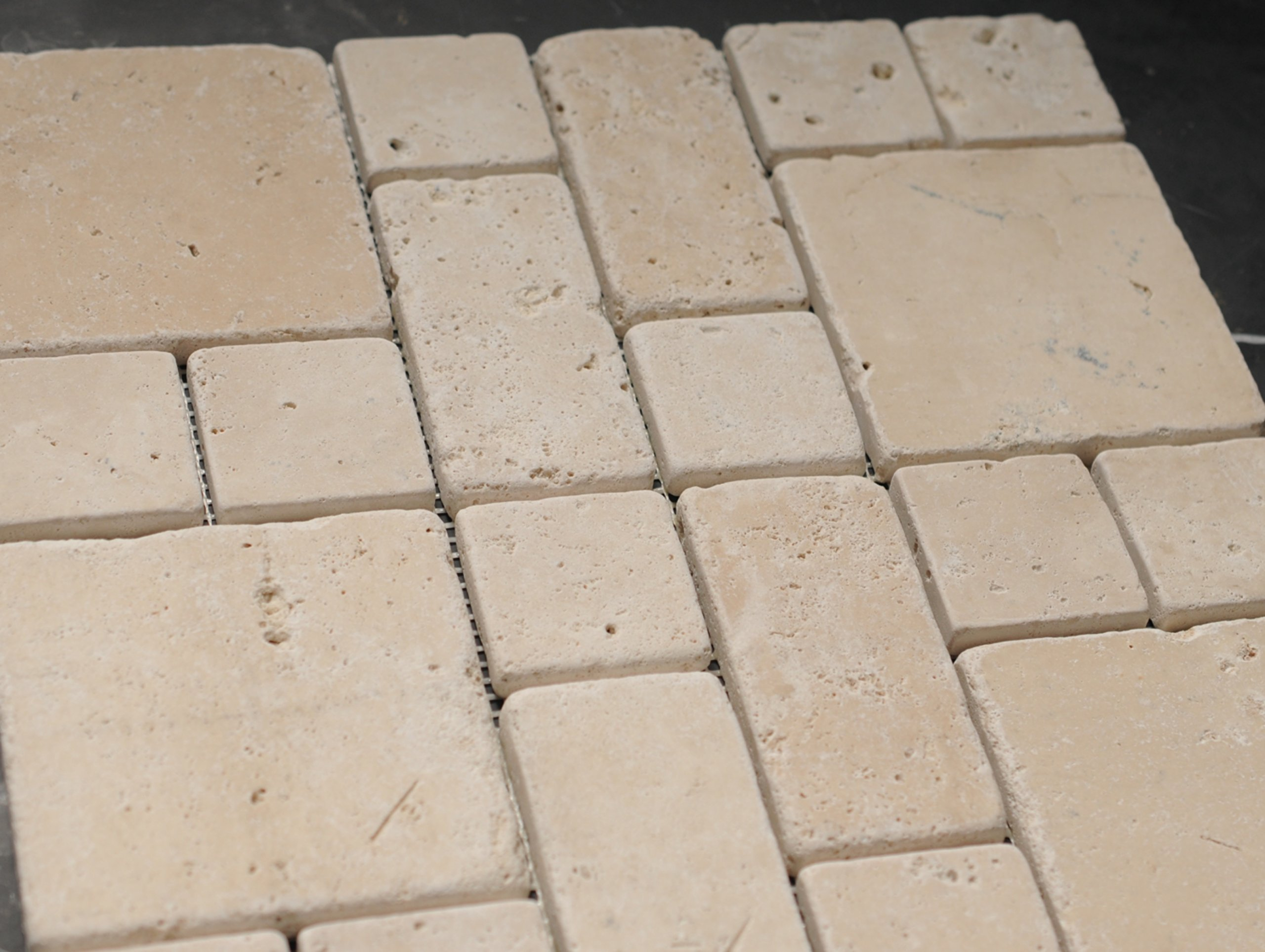IVORY TRAVERTINE/ LIGHT TRAVERTINE MINI PATTERN TUMBLED MOSAIC TILE- 5 SQF IN A BOX