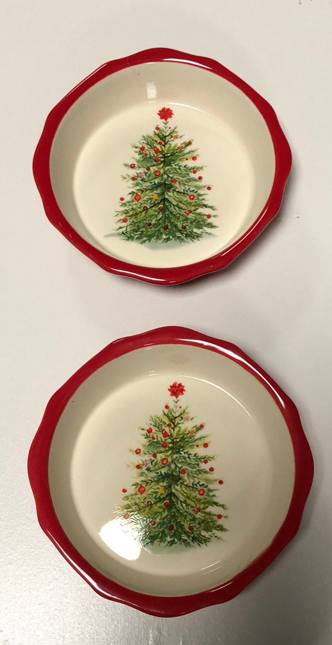 The Pioneer Woman''Holiday Cheer'' Stoneware Mini Pie Plate Set of (2)
