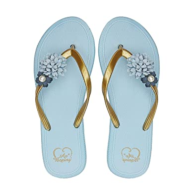 f7f0eb215e810 AX BOXING Women's Flip Flops Lightweight Slippers Sandals Comfy Summer  Shoes for Beach/Pool Size 4-7