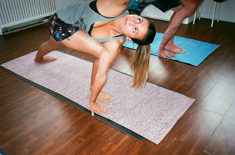 Amazon.com: Ekaminhale - Alfombra de yoga orgánica: Sports ...