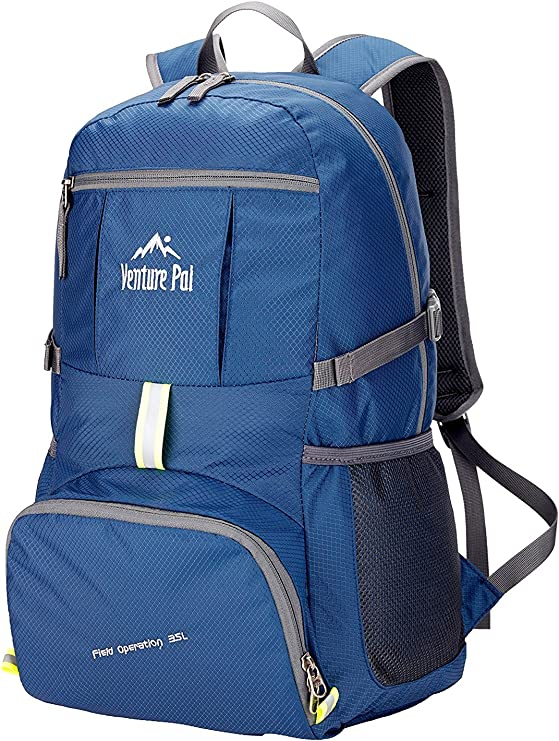Venture Pal 25L Backpack/Daypack that is lightweight and good for travelling