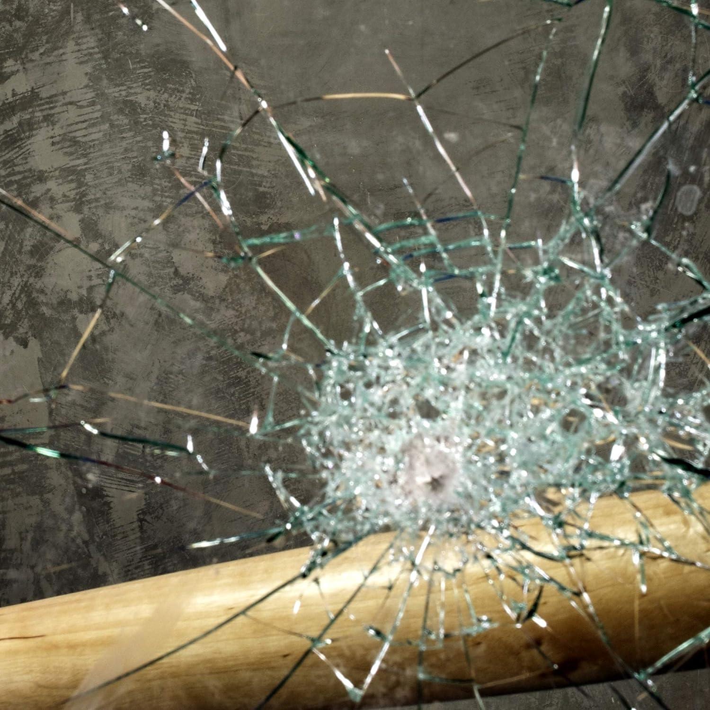 TipTopCarbon Fenster Splitterschutz Folie 1.300 x 152cm Sicherheitsfolie Splitterschutzfolie Einbruchschutzfolie Fensterfolie Folie