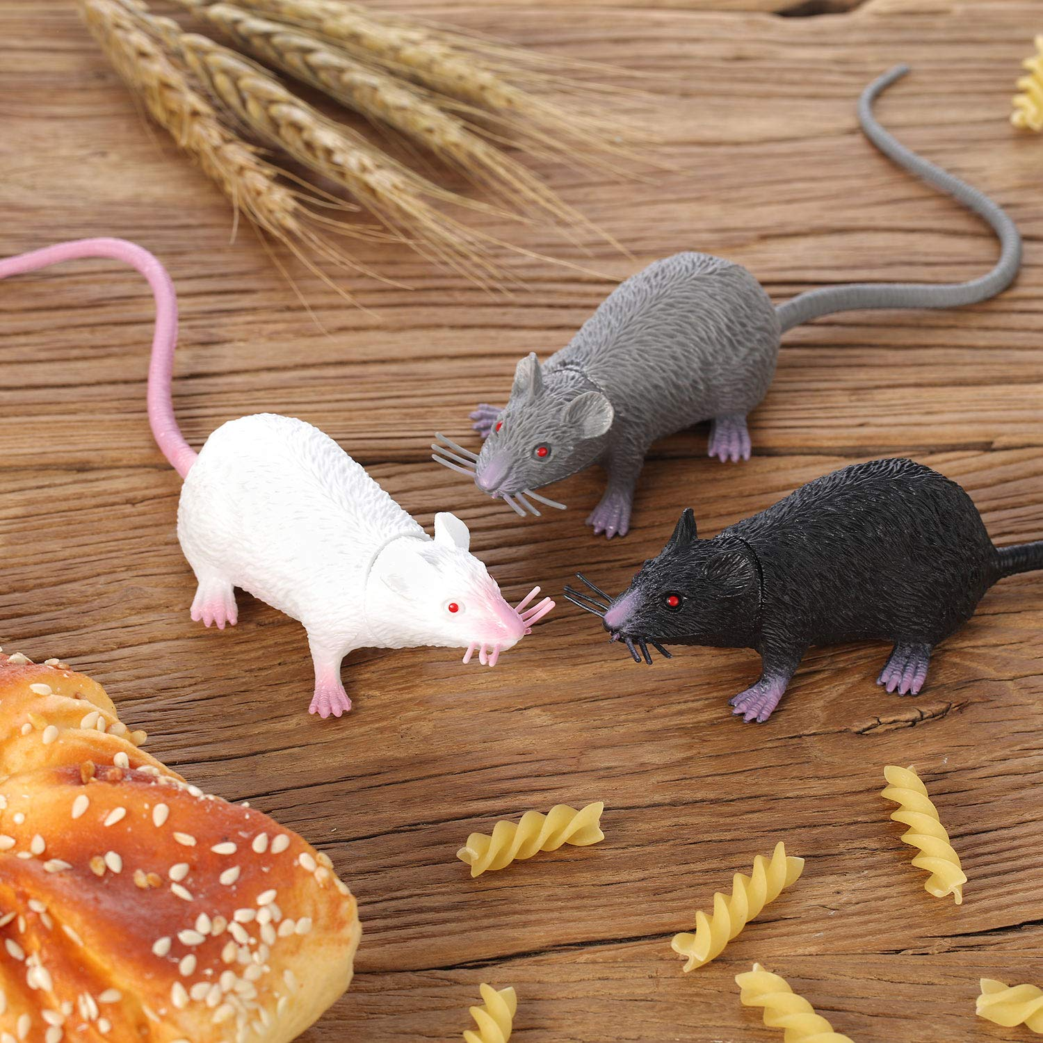 Party Props Cats and Dogs Interesting Toys Halloween Decoration Maggot Toy Plastic Rat Boao 6 Pieces Halloween Fake Rat Suit Terrible Prank Props Entertainment Simulation Mouse