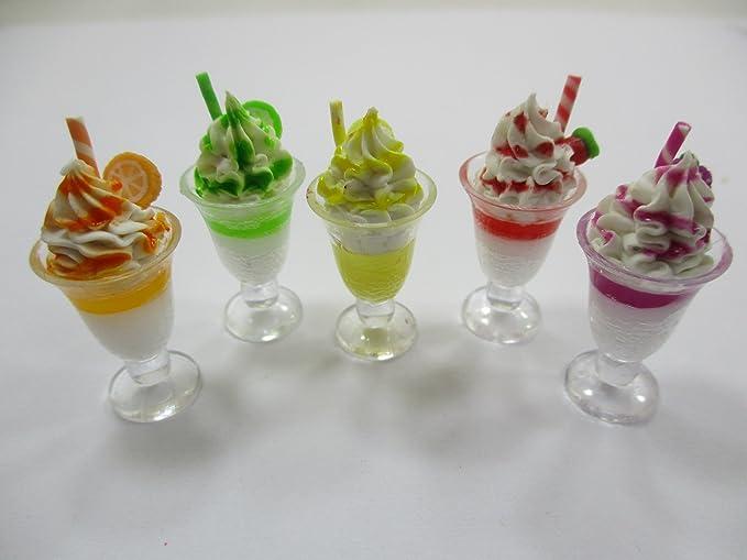 Dollhouse Miniature Delicious Ice Cream Cone Dessert Strawberry ~ RND151