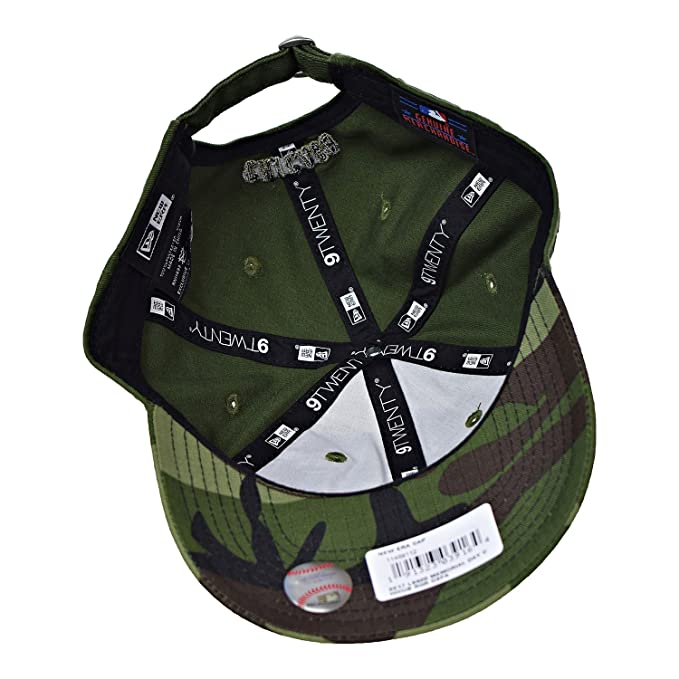 01e31ee048b Amazon.com  Chicago Cubs New Era 2017 Memorial Day 9TWENTY Adjustable Hat -  Green Camo  Clothing