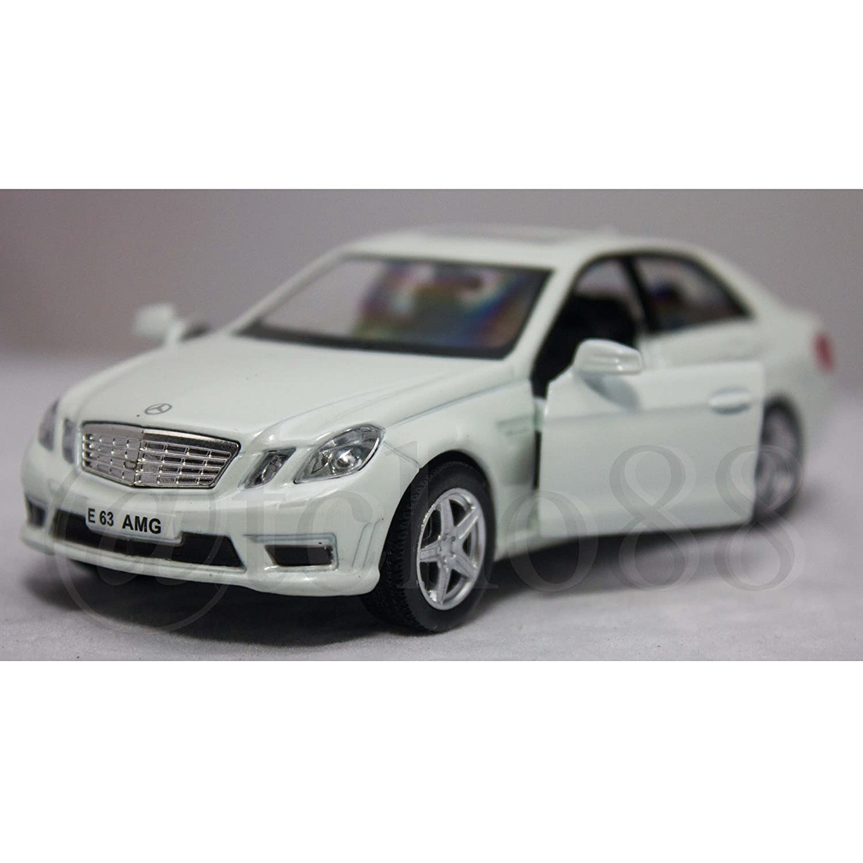 Uni Fortune RMZ City 1 32 Diecast Mercedes Benz E 63 AMG Car White