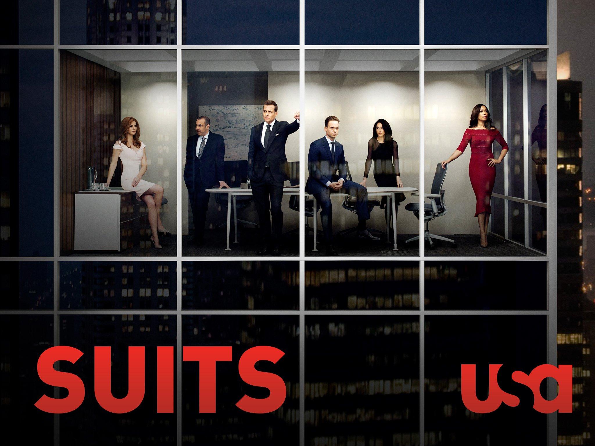 Amazon.com: Suits, Season 5: Rick Hoffman, Sarah Rafferty, Gina ...
