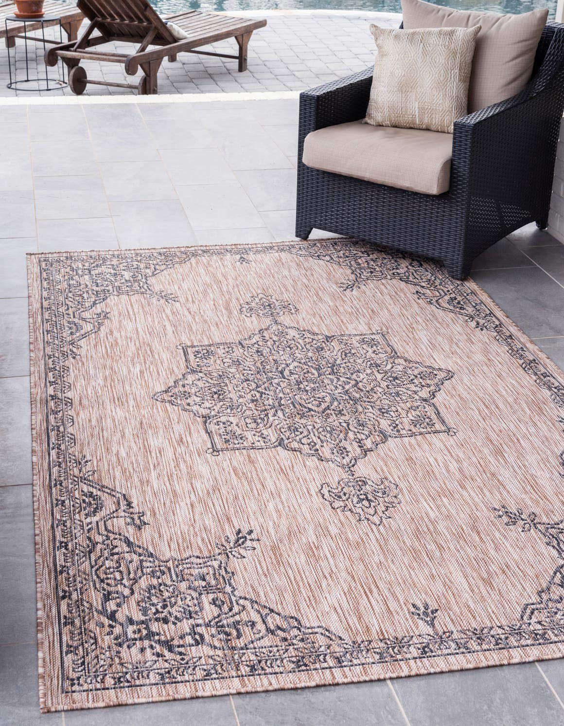 Unique Loom Outdoor Traditional Collection Classic Medallion Transitional Indoor and Outdoor Flatweave Beige Area Rug 5 0 x 8 0