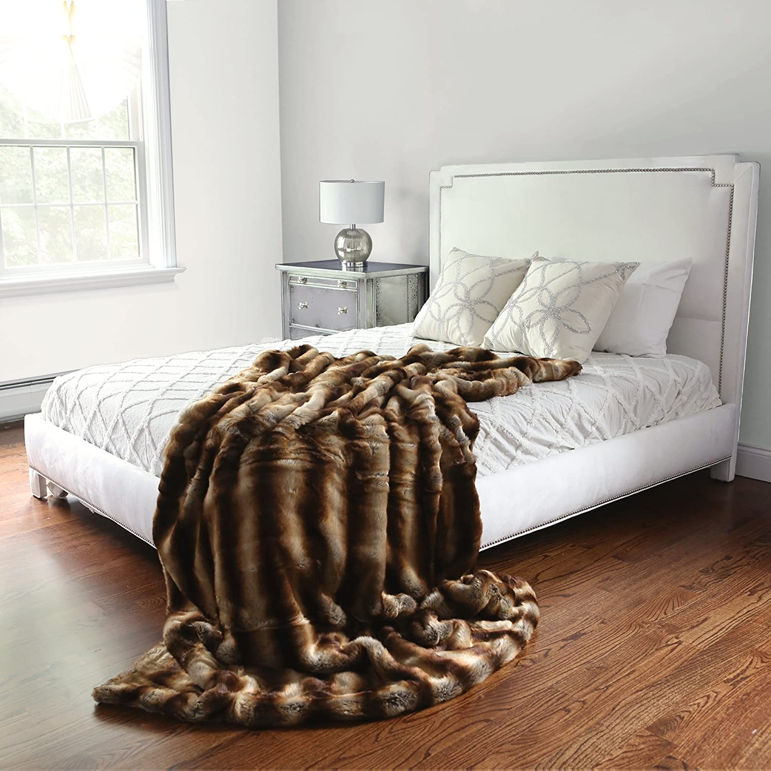 Amazon Best Home Fashion Faux Fur Throw Lounge Blanket