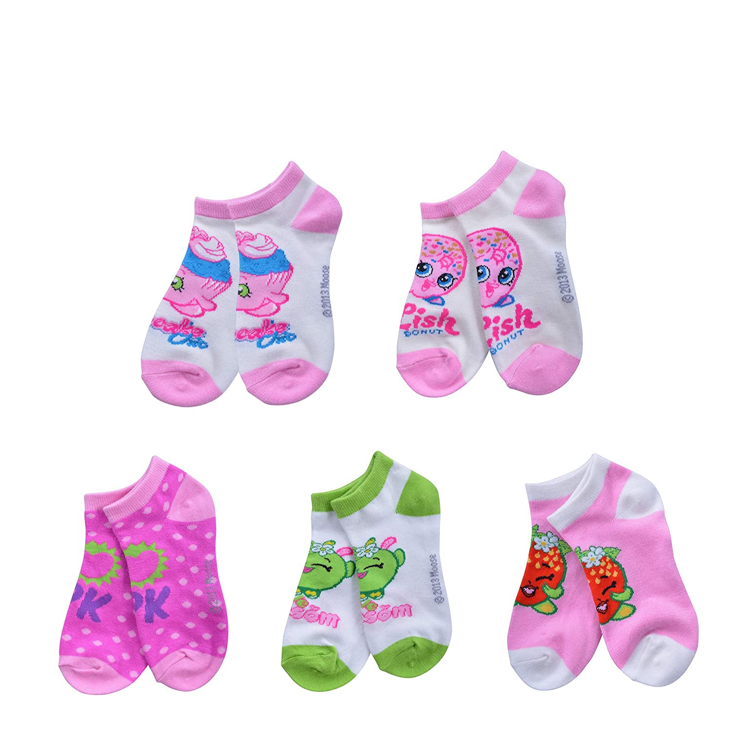 fcac120bdc5 BLEND FABRIC  It features a perfect blend of 78% acrylic 20% polyester 2%  spandex. EASY TO CARE  Clean these socks by simply putting them in the  machine