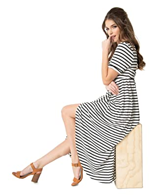 a5fc8d9f4ba2 Image Unavailable. Image not available for. Color: Unique Vintage Retro  Style Black & White Stripe Short Sleeve Knit Maxi Dress