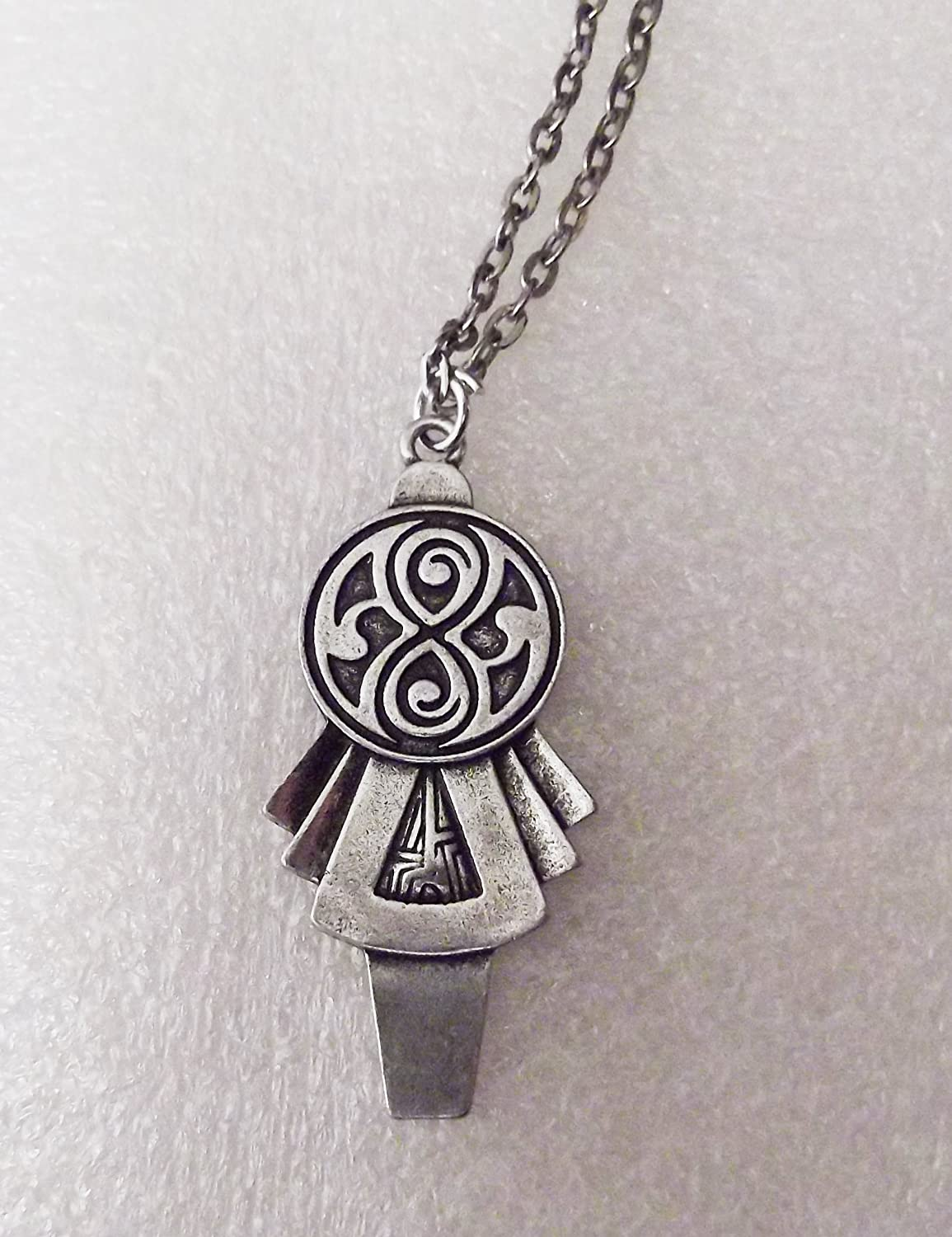 Doctor Who Classic TARDIS Key Pendant Necklace