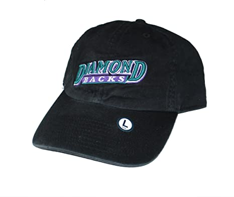 Amazon.com   Arizona Diamondbacks Fitted Size Large Fits 7 1 8 or 7 ... d7ae0e505fc