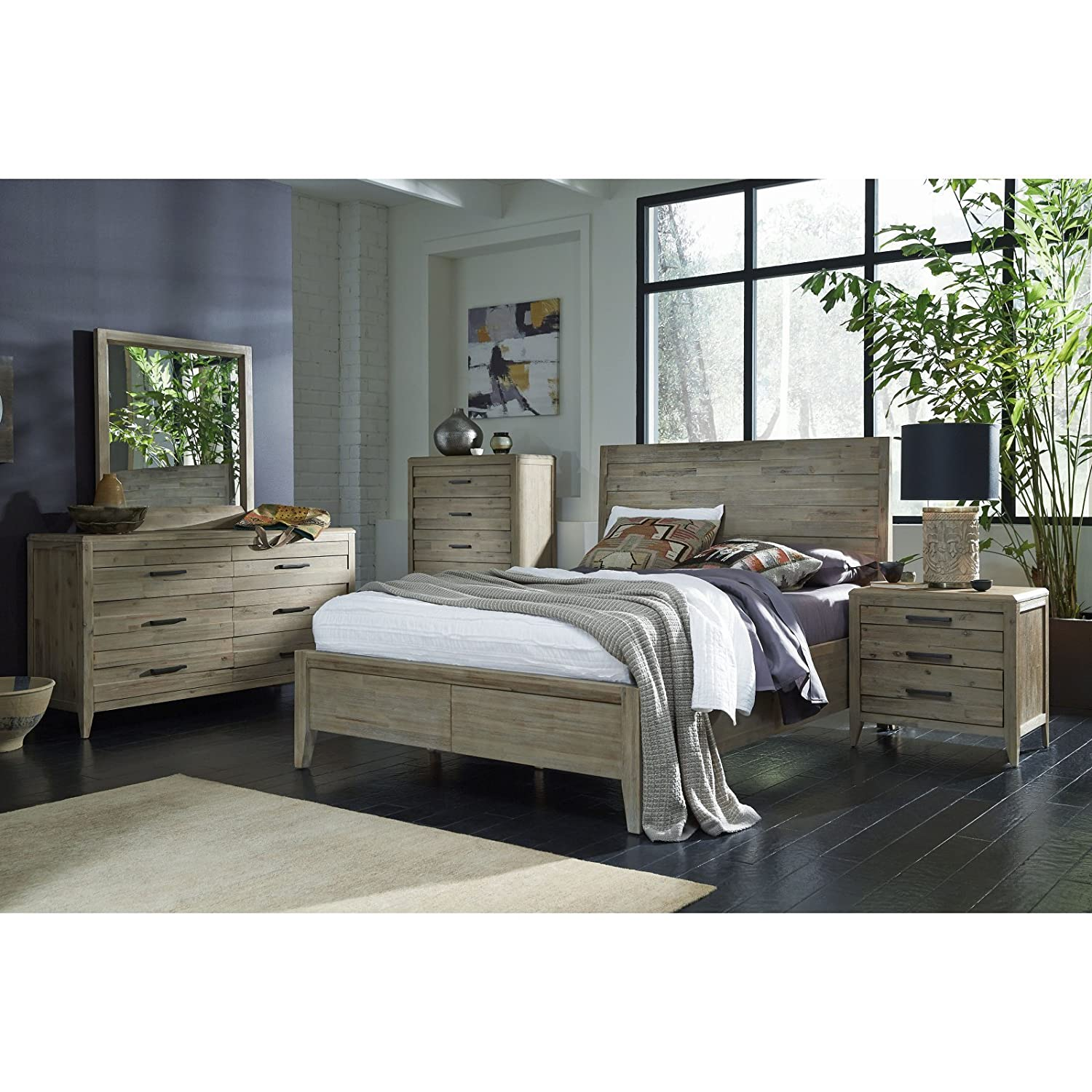 Amazon Casana Harbourside Panel Bed Kitchen & Dining