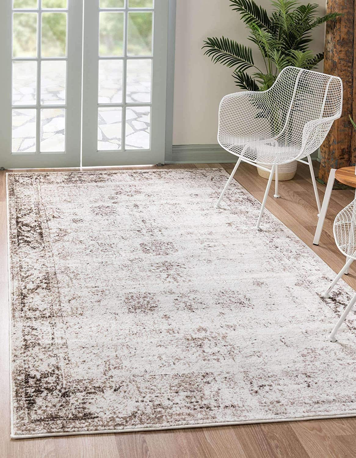 Unique Loom Sofia Traditional Area Rug_SOF001, 6 x 9 Feet, Ivory/Brown