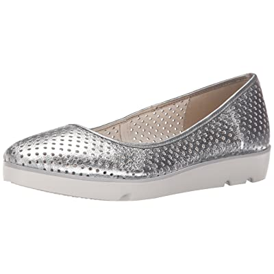CLARKS Women's Evie Buzz, Silver Leather, 10 M US   Flats