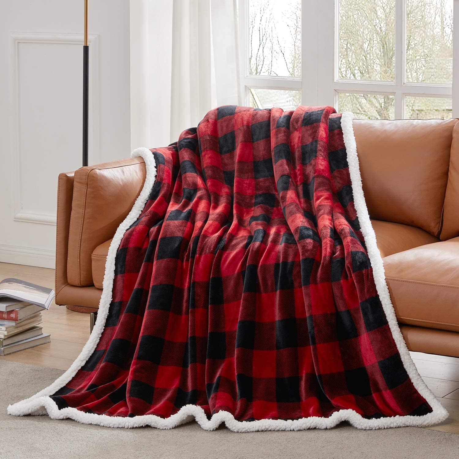 """Touchat Sherpa Red and Black Buffalo Plaid Christmas Throw Blanket, Fuzzy Fluffy Soft Cozy Blanket, Fleece Flannel Plush Microfiber Blanket for Couch Bed Sofa (60"""" X 70""""): Kitchen & Dining"""