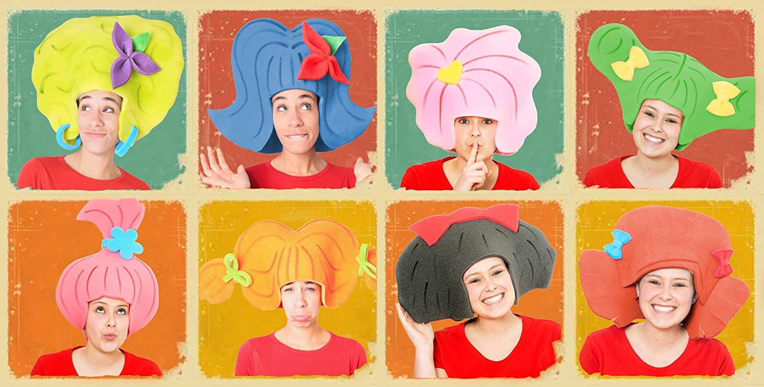 Pack 8 different wigs. Foam hats