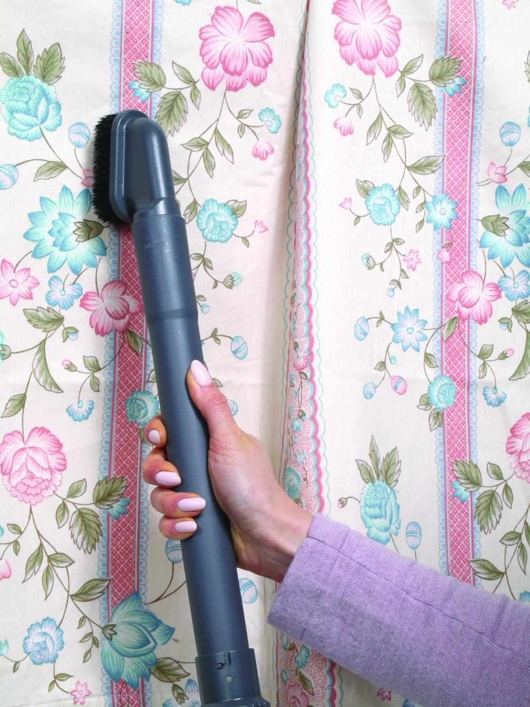 Panasonic MC-UG471 Bag Upright Vacuum Cleaner - Corded by Panasonic (Image #3)