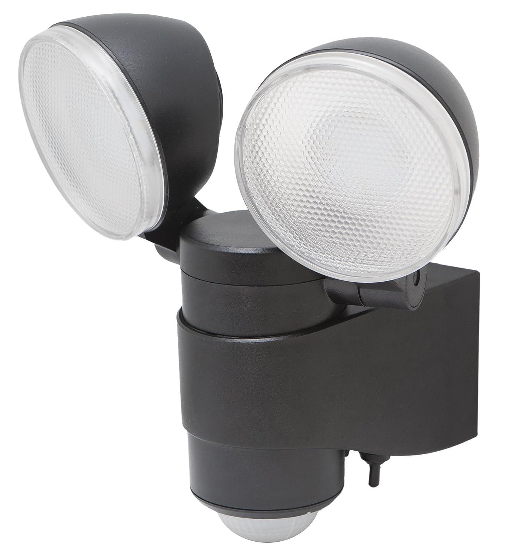 Amazon Com Maxsa Dual Head Security Spotlights Battery Powered Durable Outdoor Patio Deck Light 43218 Automotive