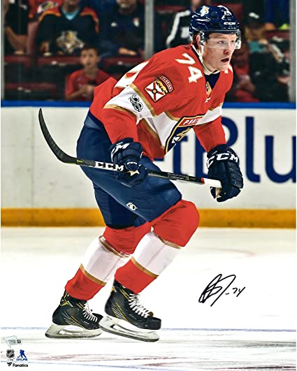 Owen Tippett Florida Panthers Autographed 16 quot  x 20 quot  Red Jersey  Skating Photograph - Fanatics c9a237edc
