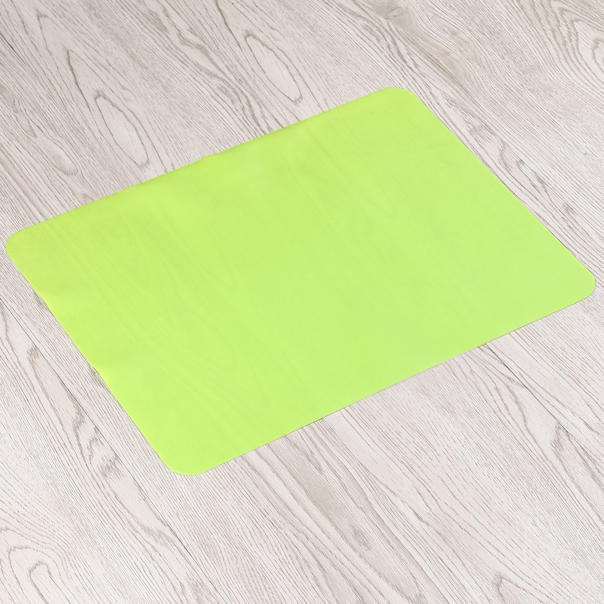 BESTOMZ Set de Table Silicone Antid/érapant Tapis de Table R/ésistant /à la Chaleur Vert 40 30cm