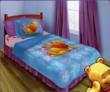 BRAND NEW OFFICIAL DISNEY WINNIE THE POOH 4 PIECES TWIN BED COMFORTER SET