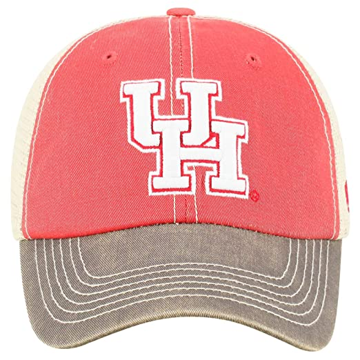 more photos fa5e3 9263b Amazon.com   Top of the World Houston Cougars Tow Scarlet Red Offroad Mesh  Snapback Hat Cap   Sports   Outdoors