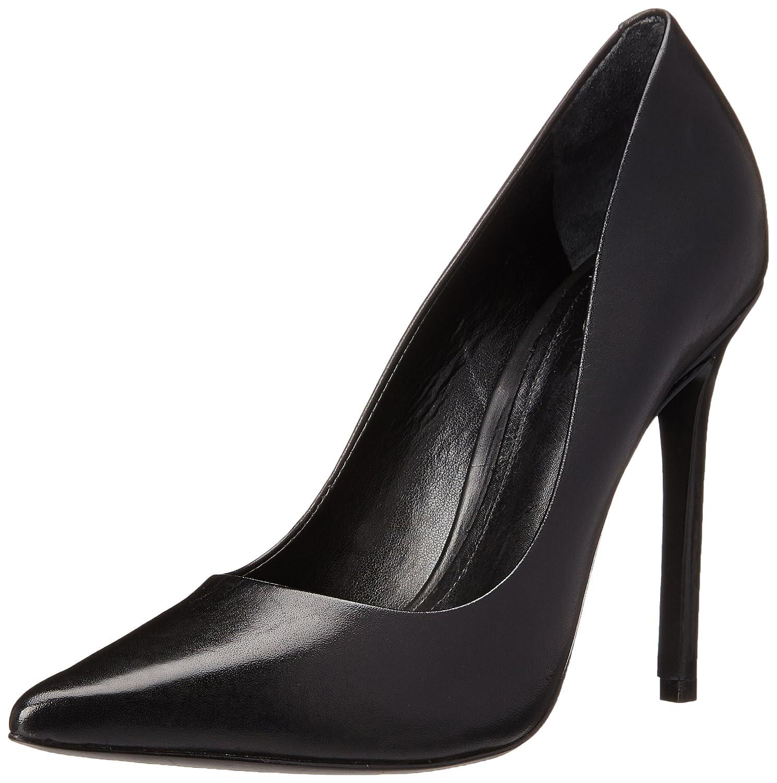 b5da602dc52 Amazon.com  Schutz Women s Gilberta Dress Pump  Schutz  Shoes