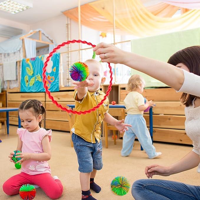 10 Pcs Sensory Fidget Stringy Fun Jouet Balles De Stress Rainbow Pom Ball Color/é Jouets Actifs pour Enfants Adultes Coffret Cadeau Gobesty Singe Balls Stringy