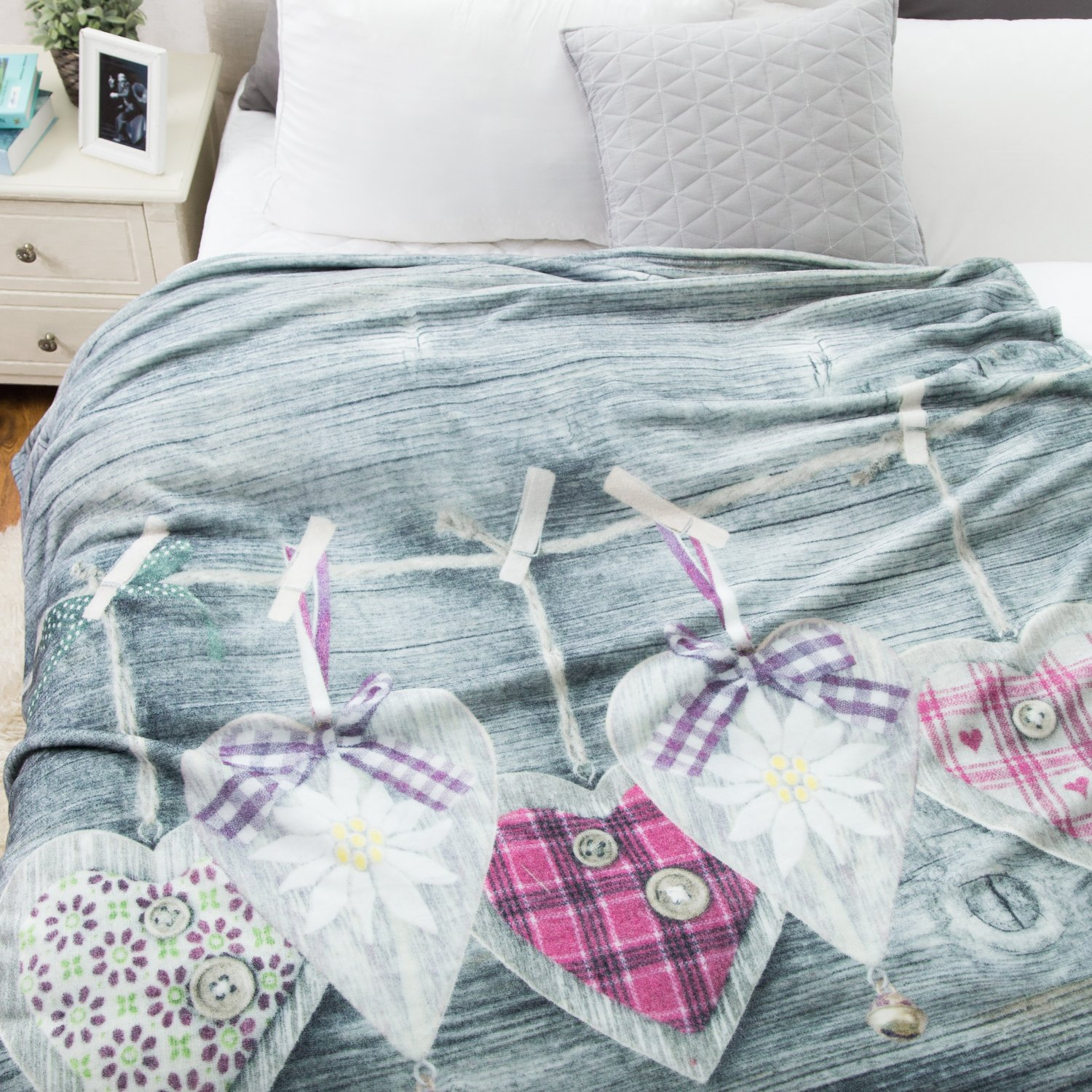 Printed Flannel Throw Blanket \