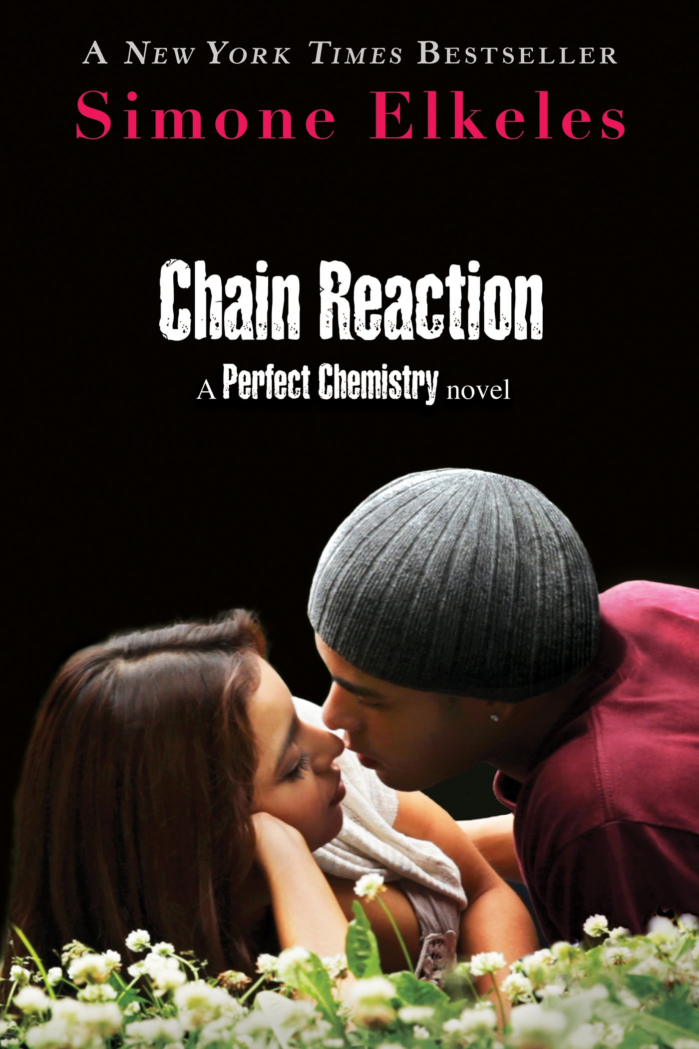 Amazon: Chain Reaction: A Perfect Chemistry Novel (9780802727985):  Simone Elkeles: Books