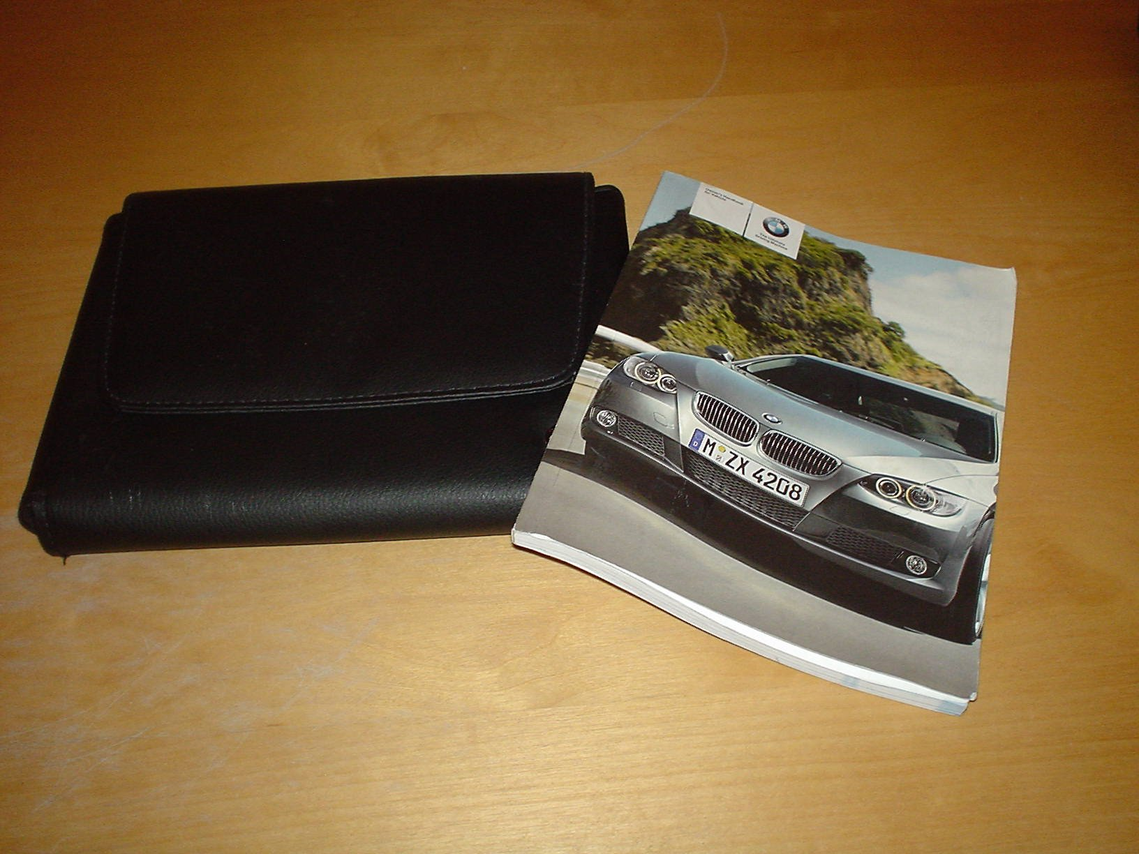 BMW 3 SERIES E92 COUPE E93 CONVERTIBLE OWNERS HANDBOOK MANUAL Not Haynes  (2005 - 2010) 320 325 330 335 i d xi xd 320i 325i 325xi 330i 330xi 335i  335xi 320d ...