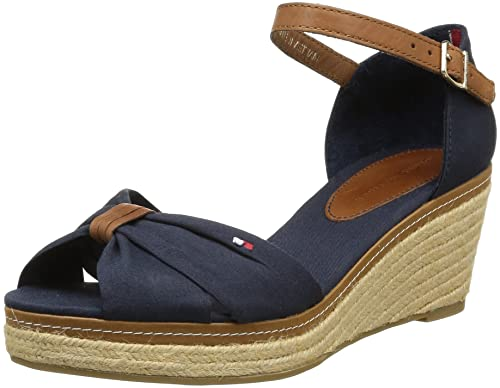 e80a8ce27a7175 Tommy Hilfiger Women s Elba 19D Fashion Sandals