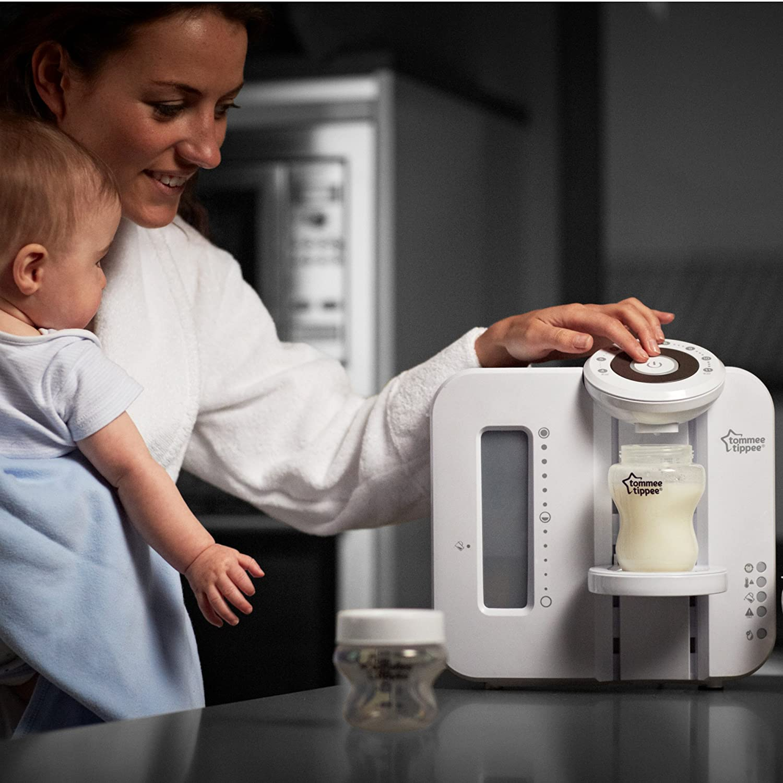 Tommee Tippee Perfect Prep Machine and Feeding Set Bundle White