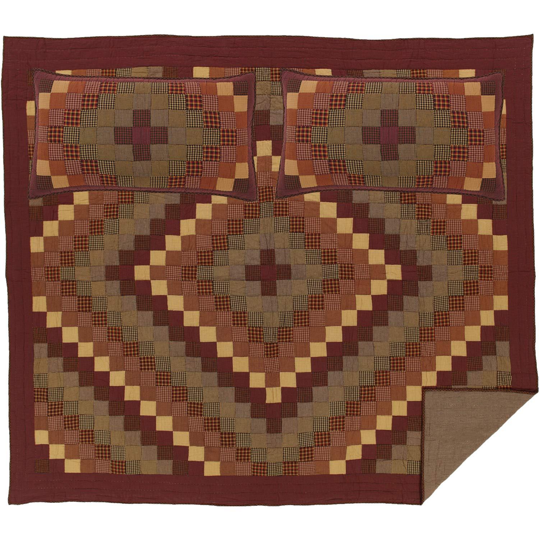 VHC Brands Primitive Bedding Heritage Farms Cotton Pre-Washed Patchwork Star Sham King Quilt Set, Burgundy Red
