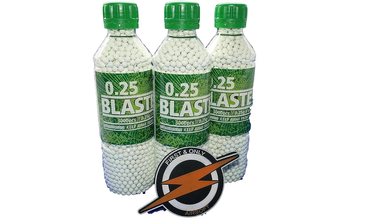 Blaster Airsoft BBS 25 grammes et Patch par First and Only Airsoft, munitions de Pistolet Airsoft - BBS très précis dans Une Affaire en Vrac Incroyable 3 Bouteilles / 9000 Coups