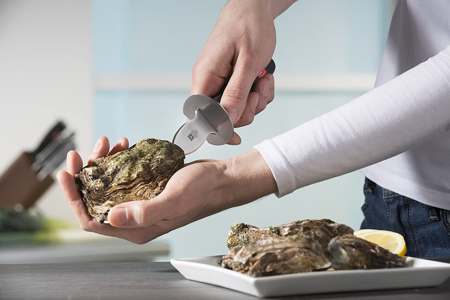 Shucking Oyster with Wusthof Classic Oyster Knife