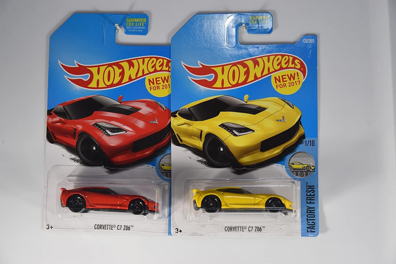 Hot Wheels 2017 Factory Fresh Corvette C7 Z06 1/10, juego de 2 autos: rojo y amarillo