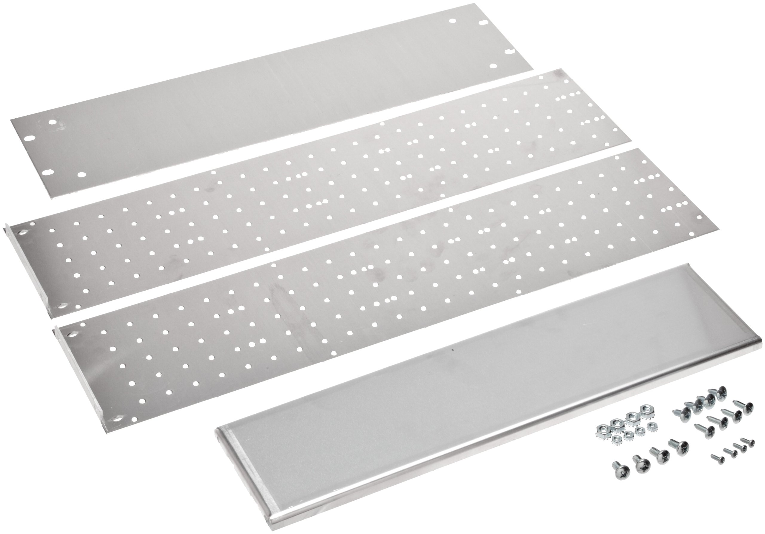 BUD Industries RM-14222 Aluminum Rackmount Chassis, 19'' Width x 5-1/4'' Height x 22'' Depth, Natural Finish