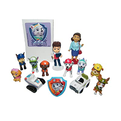 Paw Patrol Deluxe Party Favors Goody Bag Fillers Set of 14 Old New Figures like Tracker Everest, New Vehicles, Special Sticker PAW ToyRing: Toys & Games
