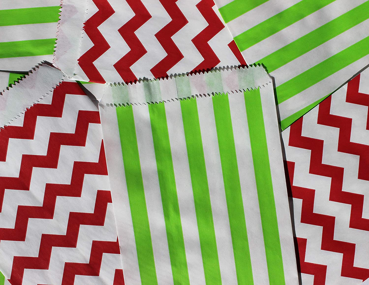 Bakers Bling Red and Green Stripe Holiday Party Treat Bags with Stickers, 5.5' W x 7.5' H, Set of 48 Red Chevron Stripe and Green Stripe Treat Bags and 48 Sticker