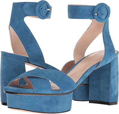 bf327354686e Amazon.com  Stuart Weitzman Women s Carmina  Shoes