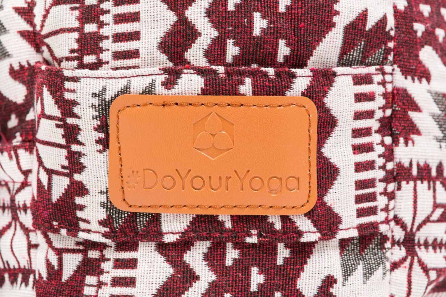 Amazon.com: #DoYourYoga - Cojín rectangular para yoga ...
