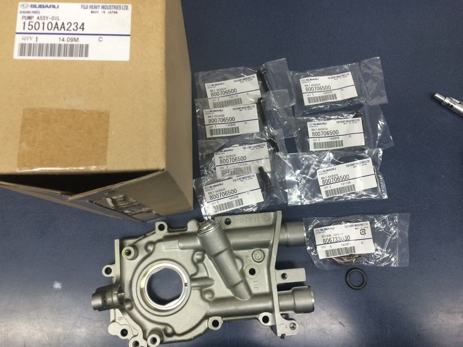 Genuine OEM Subaru Oil Pump w/ Seal & O-Ring & BOLTS Impreza Forester Legacy 1990-2002