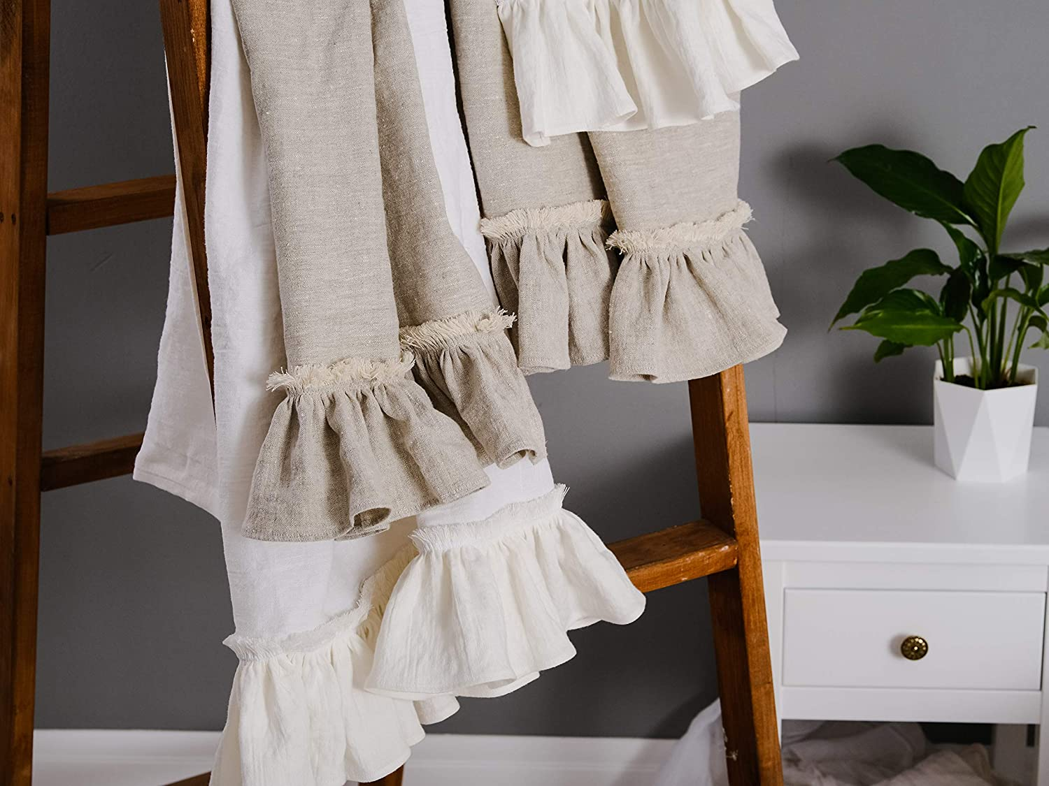 Amazon Com Linen Bath Towel 30 X50 6 With Frills In Natural Flax