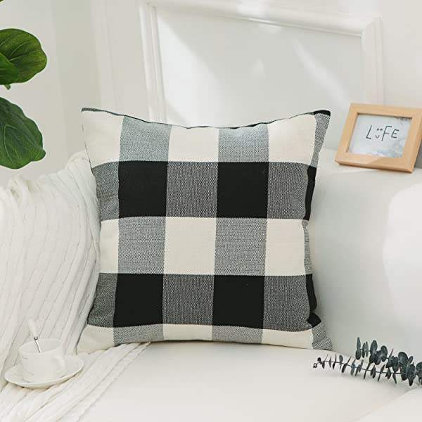 Throw-Pillow-Buying-guide