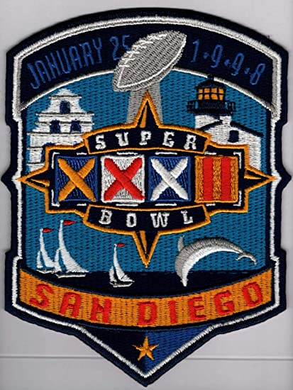 New england patriots vs green bay packers super bowl xxxi patch.