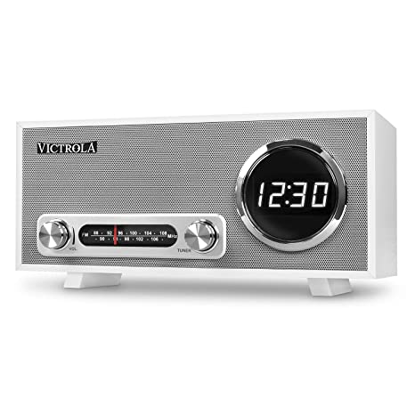 Victrola Broadway Bluetooth Radio Reloj Despertador Con Pantalla Digital, Blanco