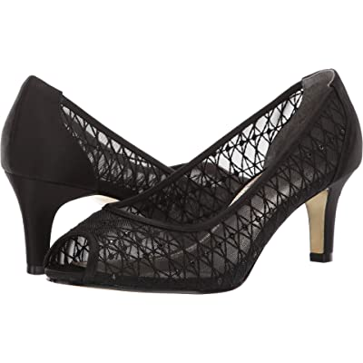 Amazon.com | Adrianna Papell Women's Juliette Pump | Pumps